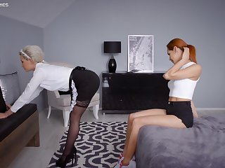 Hot maid Subil Arch later on impresses randy Veronica Leal
