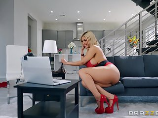 busty Latina rides and swallows in munificence XXX