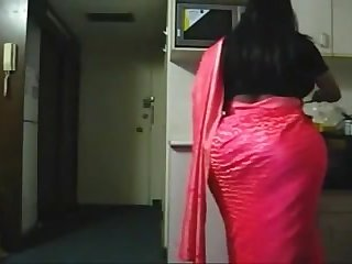 Spying Indian Aunty in the Kitchen - Obese Butt Voyeur