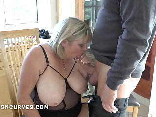 Senior take charge woman still loves a big cock in her