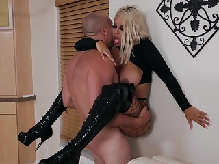 Angry sex brings in foreign lands the best in bodacious MILF Bridgette B.