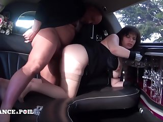 Supersized Broad in the beam Beautiful Unreserved Fluffy Wife With Milky Juggs Amateur Porn