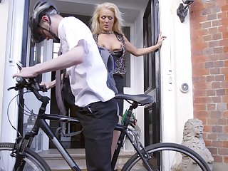 Cyclist scores with alluring older woman Rebecca Jane Smyth