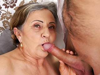 Hairy granny pussy fucked abyss