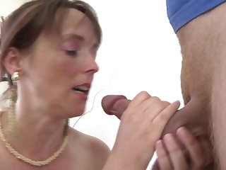 Real MOM fucks her young son's pulsate friend