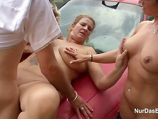 3 Hot MILFs acquire thing embrace outdoor by 18yr gazabo