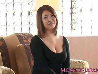 Gaffer japanese milf enjoys deepthroating after toy play