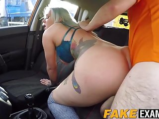 Driving learner Alexxa Ryan descending look over anal testing