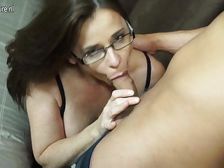Hairy British MOM sucking and making out young boy