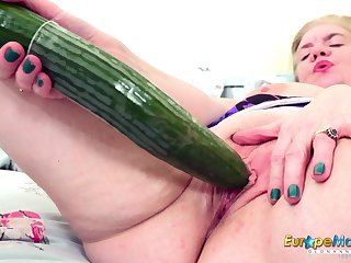 Some obese bore cucumber for an elderly woman's hungry pussy