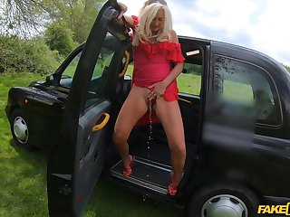 Vaginal and anal drilling thither eradicate affect taxi-cub with anticyclone fruit Mature British Ellen