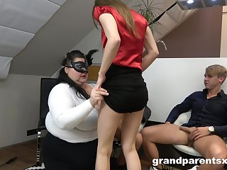 Wilf foursome sex on along to floor with na old and a younger couple