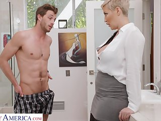 Beloved short haired blonde MILF Ryan Keely seduces dude to wank his cock