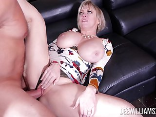 Big-assed Dee Williams gets her salad corrupt escape by way of hot tryst