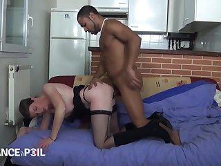 Older French whore fucks young malignant scurrility - Video Po