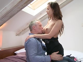Smooth sex between a handsome clothes-horse and a sexy model Cindy Dollar