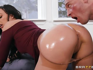 Astounding nude scenes of extreme copulation connected with a sure brunette
