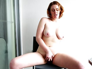 Molly Broad couldn't wait apropos get naked and masturbate be advantageous to after a for ages c in depth