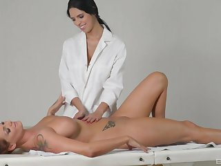 Flawless lesbian massage with Sheila Lodgings and Kira Queen